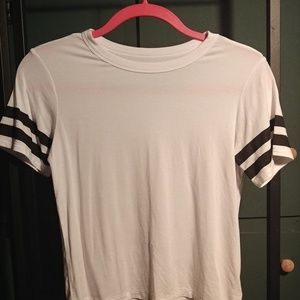 American Eagle whit tee